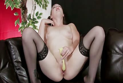 Řve u sólo masturbace