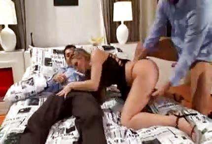 Katy Caro má ráda skupinový sex
