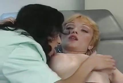 Fisting u paní doktorky