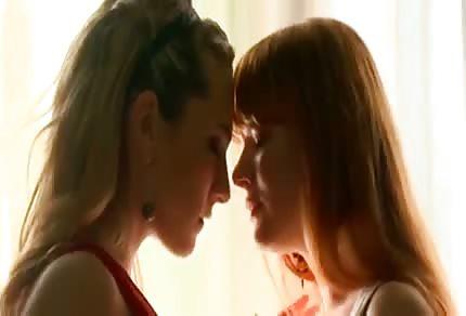 Dvě žhavé, lesbické dominy