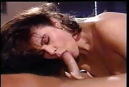 Hezký obličej klasické porno hvězdy