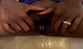Černá mamba s velkýma kozama miluje sex