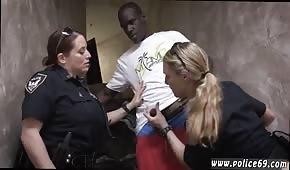 Policisté žádají banditu
