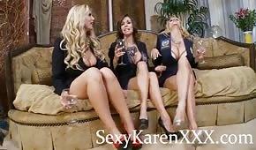 Tvarované nohy tří sexy dámy