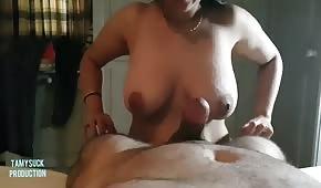 Plump zmrzlina táhne penis