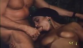 Retro porno s exotickou dámou