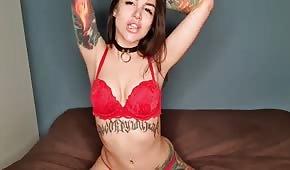 Skvělé tělo tetovaného personálu