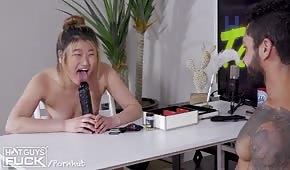Porno hra s blond kočkou