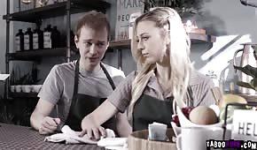 Číslo kavárny s krásnou holkou