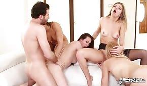 Skupinový porno se sexy dámami