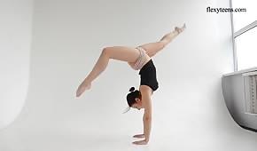Flexibilní tělo skvělého modelu