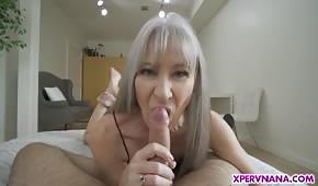 Divoký sex s hubenou maminkou